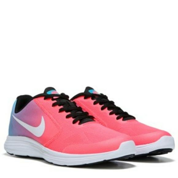 3d4187011a Nike Shoes   Revolution 3 Psv Kids   Poshmark